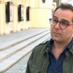 """Marco Angelini zaprezentuje swoje charakterystyczne obrazy w Krakowie. Wystawa """"Speculum: materia i jej dualizm"""" wpisze się w Festiwal Viva l'Italia"""